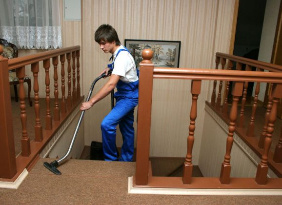 Find a Great Job With a Janitorial Service