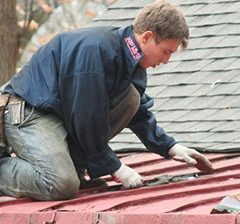 Roof Removal is Available from a Roofing Contractor in Orland Park